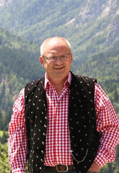 Nostis Trachtenschmuck Hans Obernosterer